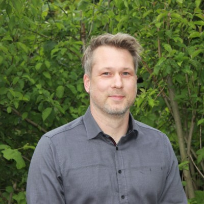 Dr Julian Haller